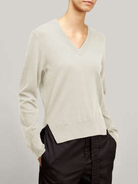 Joseph - Kasmir V-neck sweater